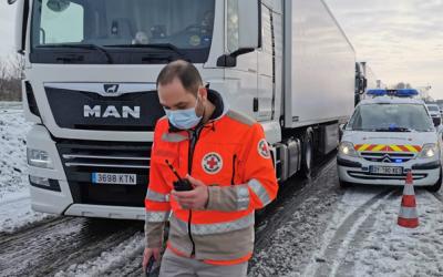 Aide aux chauffeurs routiers immobilisés par les intempéries